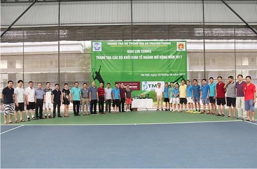 Giao luu tennis khoi thanh tra cac Bo khoi kinh te nganh nam 2017-Hinh-5