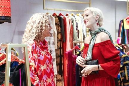 "Da tiec thoi trang ""Liec"": Loi chao dang cap tu V-Fashion Designers-Hinh-3"