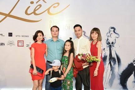 "Da tiec thoi trang ""Liec"": Loi chao dang cap tu V-Fashion Designers-Hinh-4"