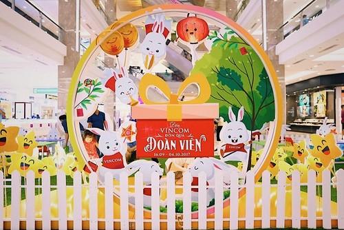 """Den Vincom - Don """"sieu trang"""" ky luc-Hinh-5"""