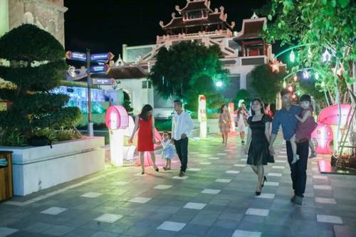 Trung thu khong the an tuong hon o Sun World Danang Wonders-Hinh-3