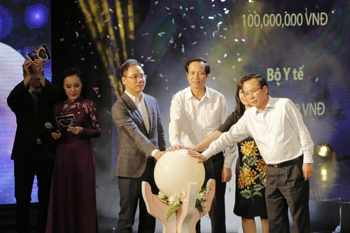 """Tap doan FLC chung tay cung thang cao diem """"Vi nguoi ngheo"""" nam 2017-Hinh-2"""