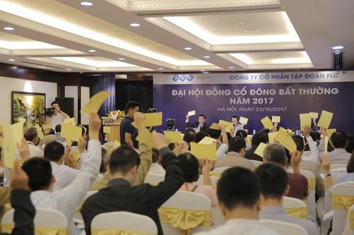 Ong Trinh Van Quyet mua them co phieu, nang so huu tai FLC len 30,12%-Hinh-2