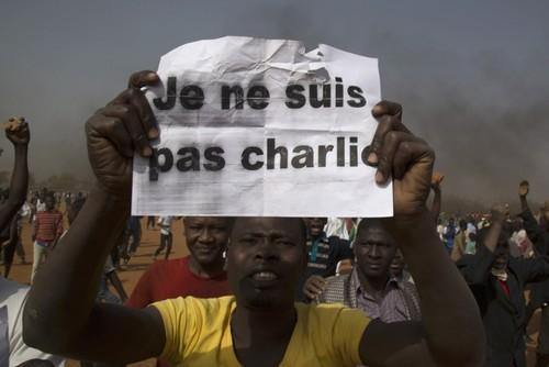 Bieu tinh phan doi Charlie Hebdo o Nigeria: 10 nguoi thiet mang
