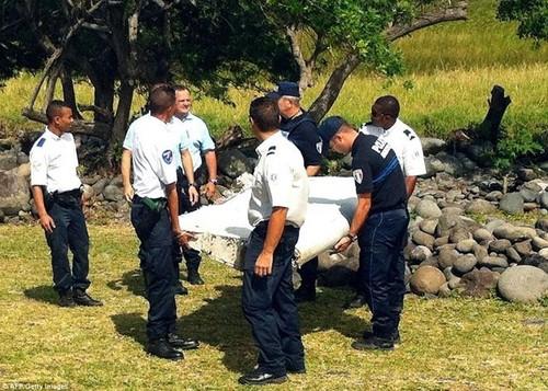 Malaysia xac nhan manh vo cua may bay mat tich MH370