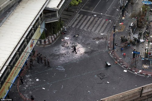 Canh sat dieu tra nu nghi pham vu no bom o Bangkok-Hinh-2