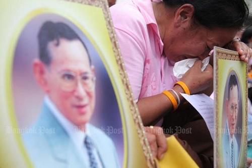 Quoc vuong Thai Lan Bhumibol Adulyadej bang ha
