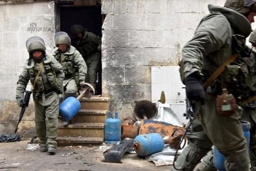 4 linh Nga thiet mang trong vu danh bom xe o Syria