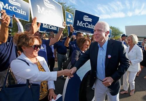 Thuong nghi sy John McCain sang Syria ban cach danh IS