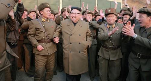 Ong Kim Jong-un doa bien nuoc My thanh tro bui