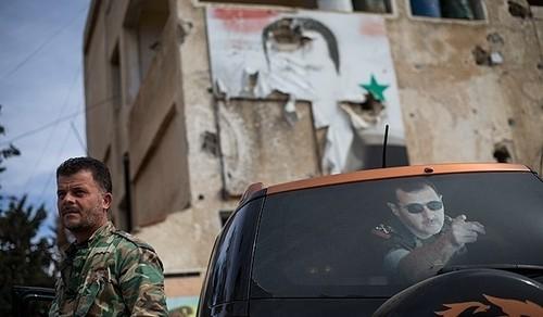 Quan doi Syria bao vay hoan toan can cu IS o Dong Aleppo