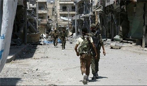 Luc luong SDF thoc sau vao Raqqa, IS thua dau