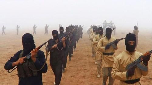 Quan doi Iraq chiem kho vu khi lon nhat cua IS o Mosul
