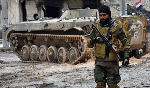 Dap bay IS, Quan doi Syria giai phong tuyen duong Palmyra-Damascus