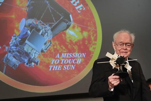 """NASA hien thuc hoa giac mo """"cham toi Mat Troi"""" sau 60 nam-Hinh-2"""