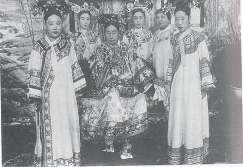 Nga ngua nhan sac that cua cung tan my nu Trung Quoc xua-Hinh-4