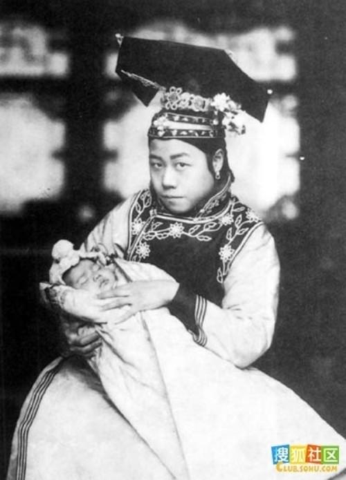 Nga ngua nhan sac that cua cung tan my nu Trung Quoc xua