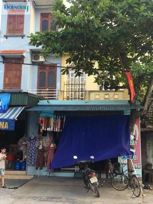 Di nhan 17 nam khong an com: Em nghi com la sau bo