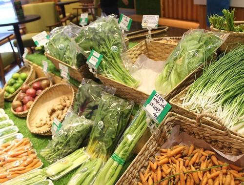 """Rau organic """"ba khong"""" ngheo nan o sieu thi Sai Gon-Hinh-3"""