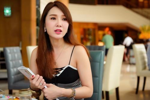 """Helen Thanh Dao: """"Toi noi doi nhieu nam qua vi bi chong khong che"""""""