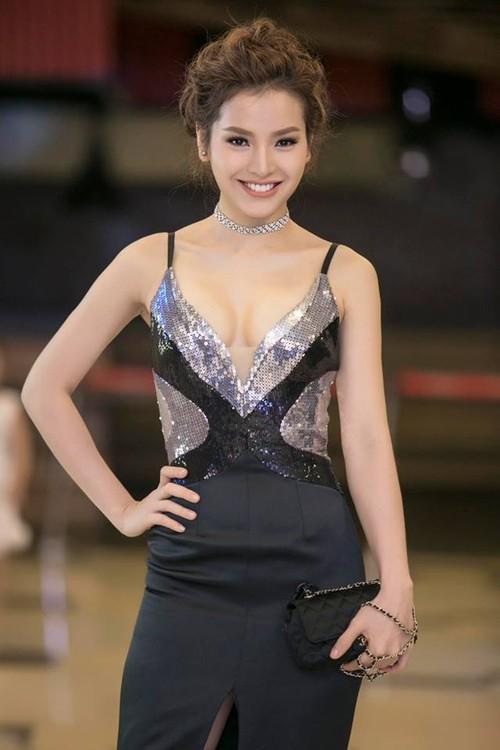 "Phuong Trinh Jolie tiet lo chuyen vo tinh la ""ke thu 3"""