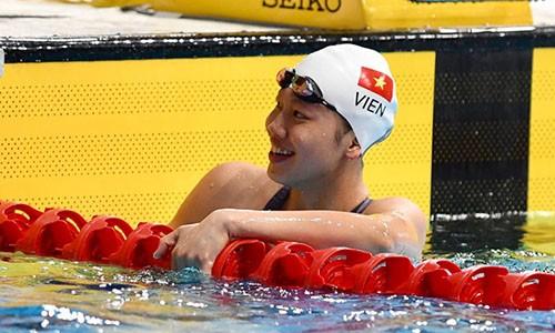Anh Vien nhan thuong gan 700 trieu dong sau SEA Games