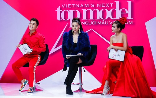 "Nam Trung: ""Mot chiec vay khong the danh gia dan ong hay dan ba""-Hinh-2"