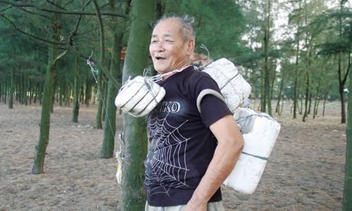 """""""Vua phi lao"""" lam cha nuoi 50 nguoi lam nan bien"""