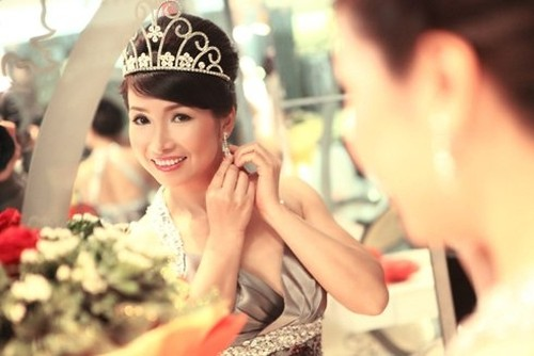 """Ong trum"" va chuyen chua ke ve hoa hau Bui Bich Phuong-Hinh-3"