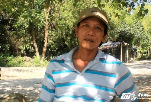 """Chuyen cham mat rua """"than"""" khong lo duoi dong Huong Giang"""