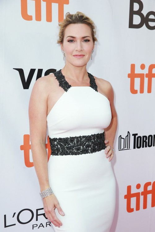 "Kate Winslet: ""Toi mang theo Leonardo DiCaprio suot cuoc doi"""