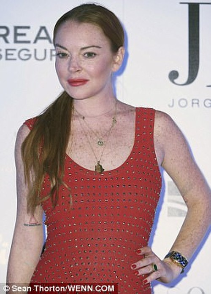 """Het hon"" voi guong mat khac la cua Lindsay Lohan-Hinh-6"