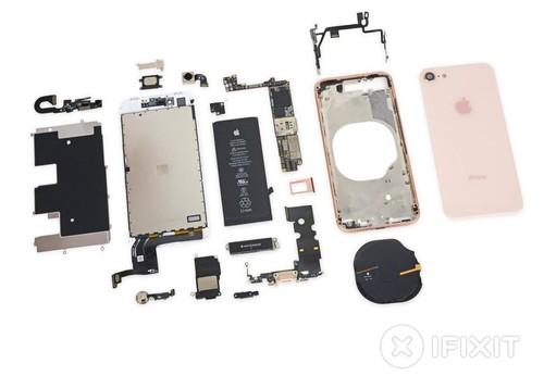 """Nhung bi mat dong troi khi """"mo bung"""" iPhone 8-Hinh-2"""