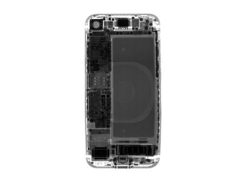 """Nhung bi mat dong troi khi """"mo bung"""" iPhone 8-Hinh-4"""