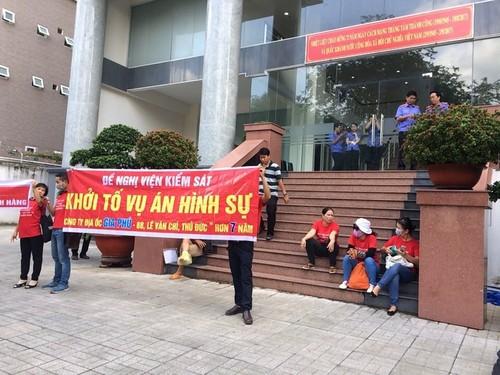 "Ban 1 can ho cho nhieu nguoi nhung van thoat toi ""lua dao chiem doat""-Hinh-2"