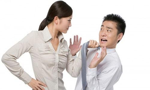 """Dan ong thich bi """"doi xu te""""!"""