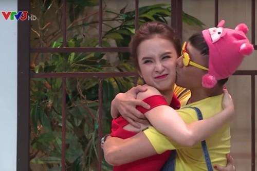 Nhung lan Tran Thanh cuong hon, om ap sao nu tren song truyen hinh-Hinh-5