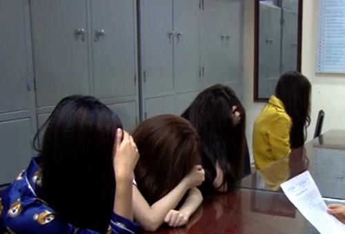 """Duong sa nga cua nhung hotgirl dieu hanh duong day mai dam """"VIP"""""""