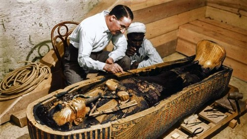 Chiem nguong xac uop bang vang cua Vua Tutankhamun