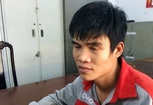 Nam thanh nien danh CSGT vi khong xin duoc loi vi pham