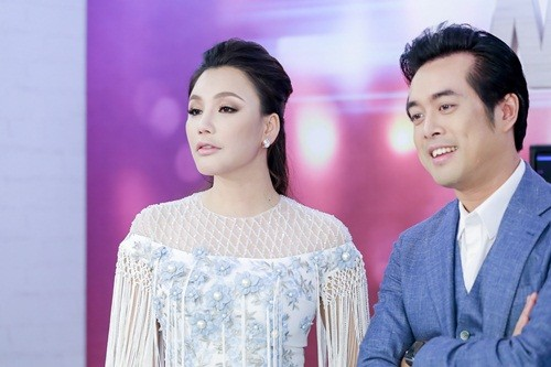 Ho Quynh Huong noi gi khi bi so sanh nhan sac voi Ha Ho?