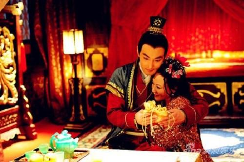 Cai ket the tham vi hoang de Trung Hoa lap 11 hoang hau