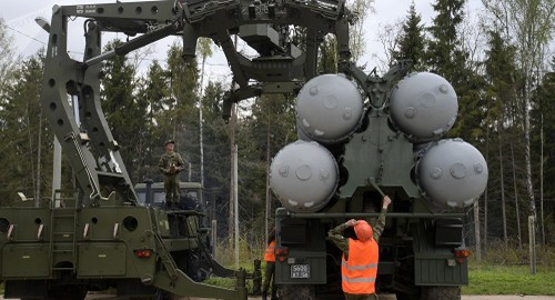 Nga: muon mua S-400 Ankara phai ung tien truoc