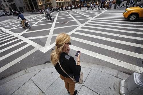 Chung nghien smartphone: Can benh cua thoi dai
