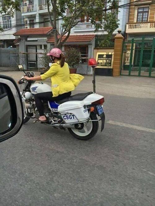 Co gai lai xe cua CSGT Hai Phong la nhan vien bao duong