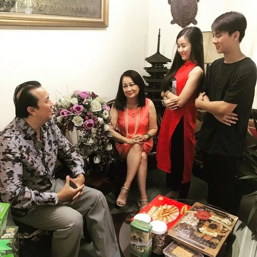 Deo nhan ngon ap ut, Hoai Lam dinh nghi van sap cuoi