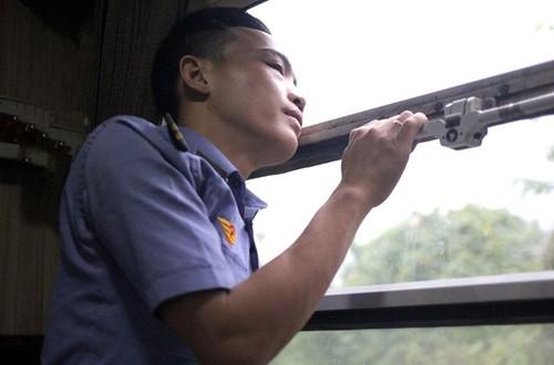Yeu thuong tren chuyen tau Tet xap xinh-Hinh-3