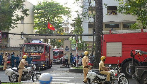 TP HCM: Nha xe ky tuc xa DH Y Duoc boc chay du doi-Hinh-2