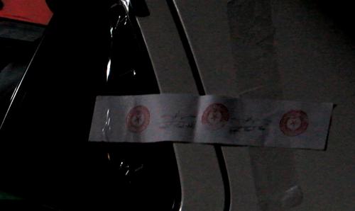 Tai xe taxi Vinasun tu vong bat thuong tren xe-Hinh-2