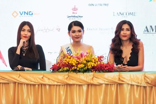 A hau Thuy Dung thi Hoa hau Quoc te o Nhat Ban